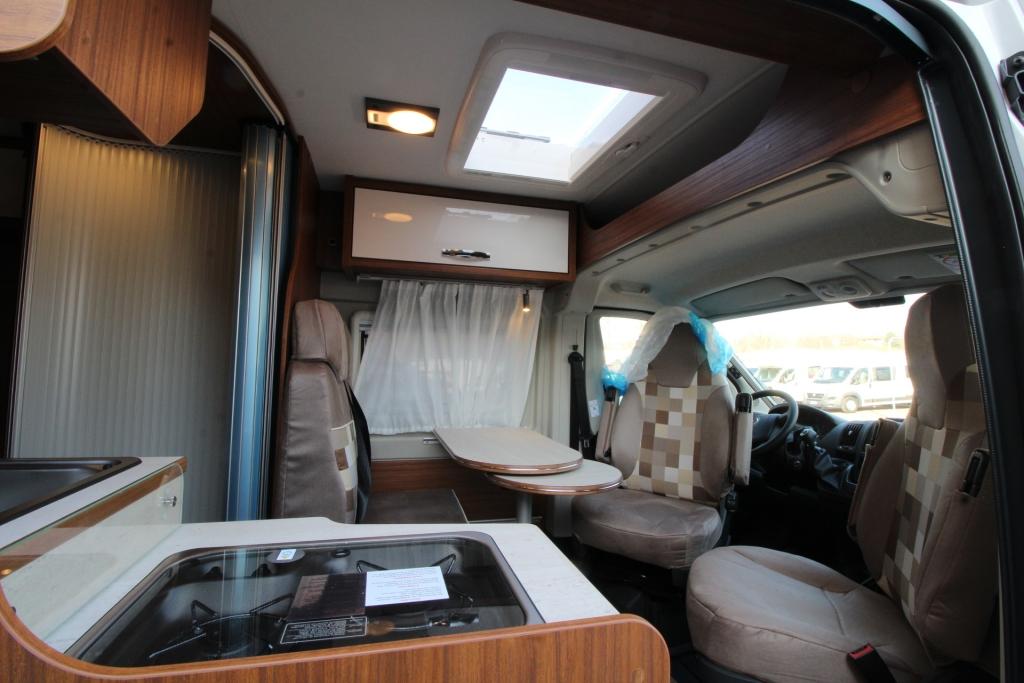GLOBECAR Roadscout R Fiat 130cv Elegance ( finestre Seitz S7, retrocamera, solare) - foto: 15