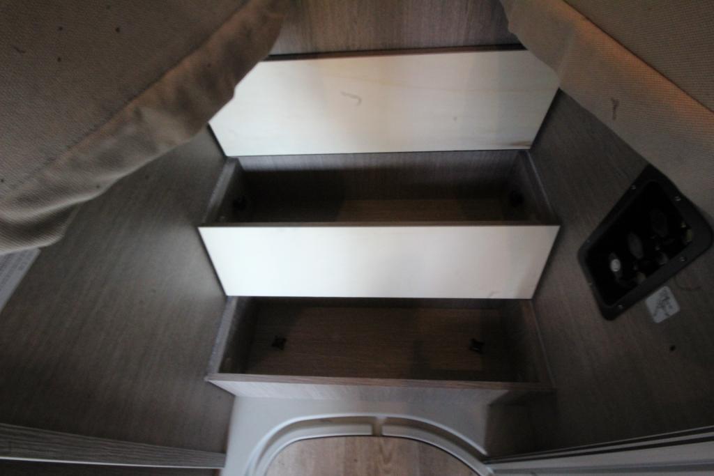 POSSL Roadcruiser Fiat 160cv 3,5t MAXI ( Elegance\ Limette  + S7 + tetto sollevabile ) - foto: 14