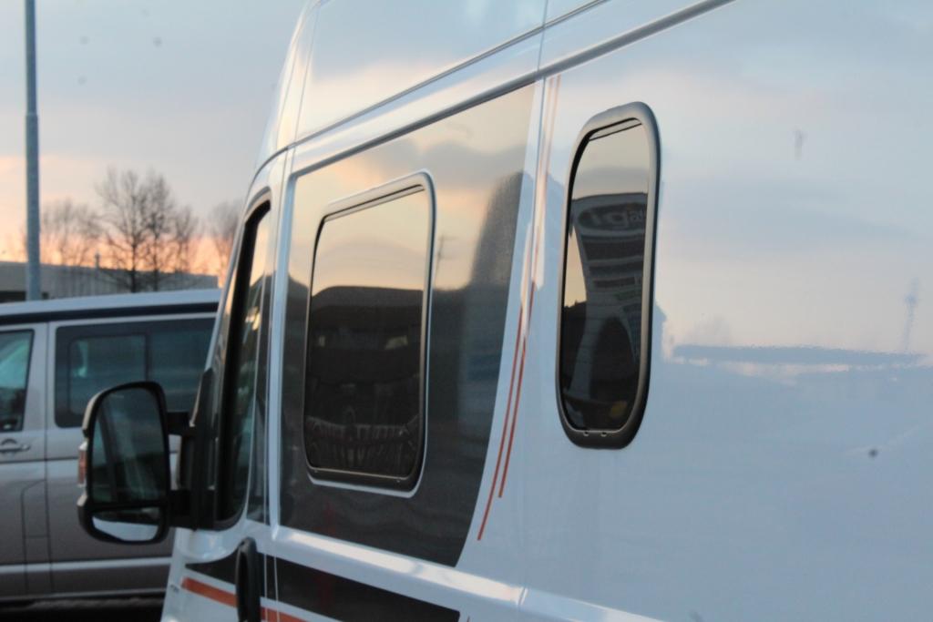 GLOBECAR Roadscout R Fiat 130cv Elegance ( finestre Seitz S7, retrocamera, solare) - foto: 4