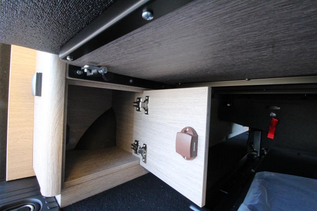 CAMPSTER Citroen SpaceTourer by Possl  (vers. camper) ( vers. camper ) 2.0 150cv ( + frigo, gancio traino, vetri oscurati, pack sicurezza 3 ) - foto: 12