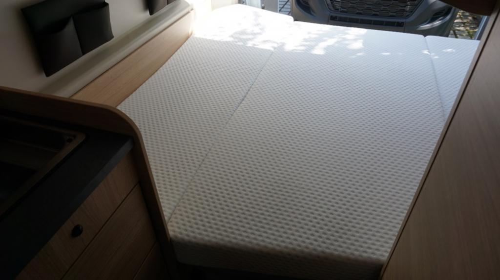 ROADCAR 601 Fiat 140cv 3,5t ( con Truma Diesel con cp plus, tavolo alternativo, finestra in bagno, dab )  - foto: 14