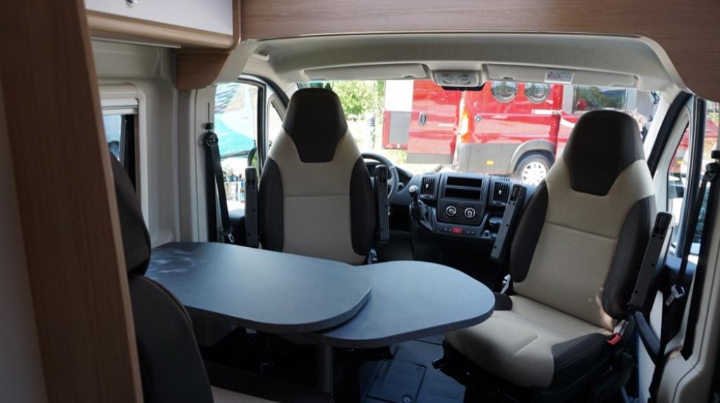 ROADCAR 601 Fiat 140cv 3,5t ( con Truma Diesel con cp plus, tavolo alternativo, finestra in bagno, dab )  - foto: 12
