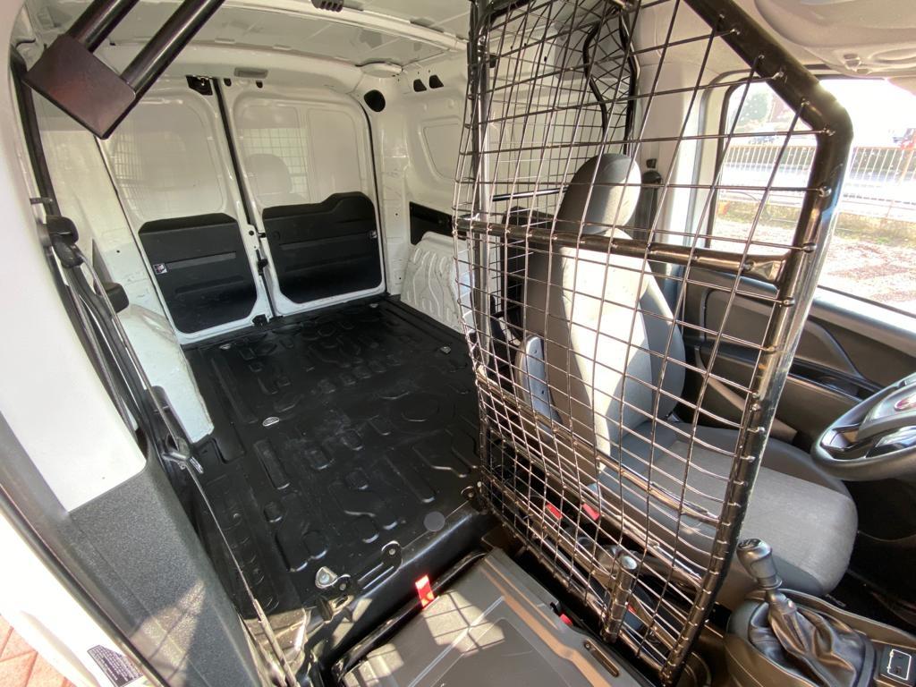 FIAT Doblo Doblò 1.6 MJT 105CV PC-TN Cargo Lamierato SX 3 Pos - foto: 11