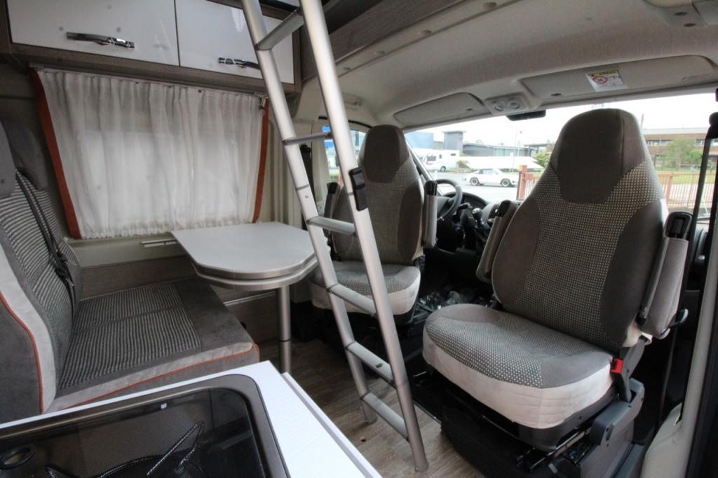 POSSL 2Win Plus Citroen 165cv ( Elegance + Tetto sollevabile + Truma d6 ) PROVALO A NOLEGGIO! - foto: 4