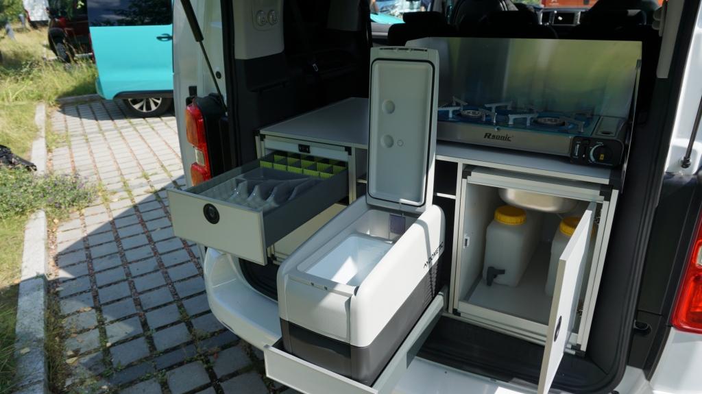 CAMPSTER VANSTER Citroen Spacetourer 2.0 150cv ( 8 posti viaggio con CampBox letto e cucina, omologato CAMPER  ) - foto: 6