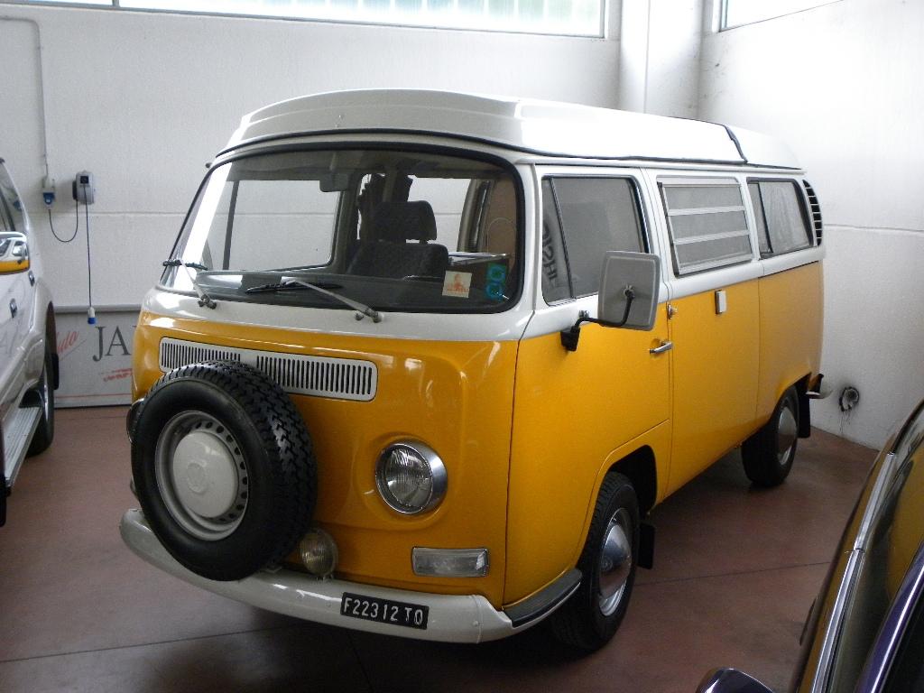 VOLKSWAGEN Transporter T2-A Westfalia - foto: 4