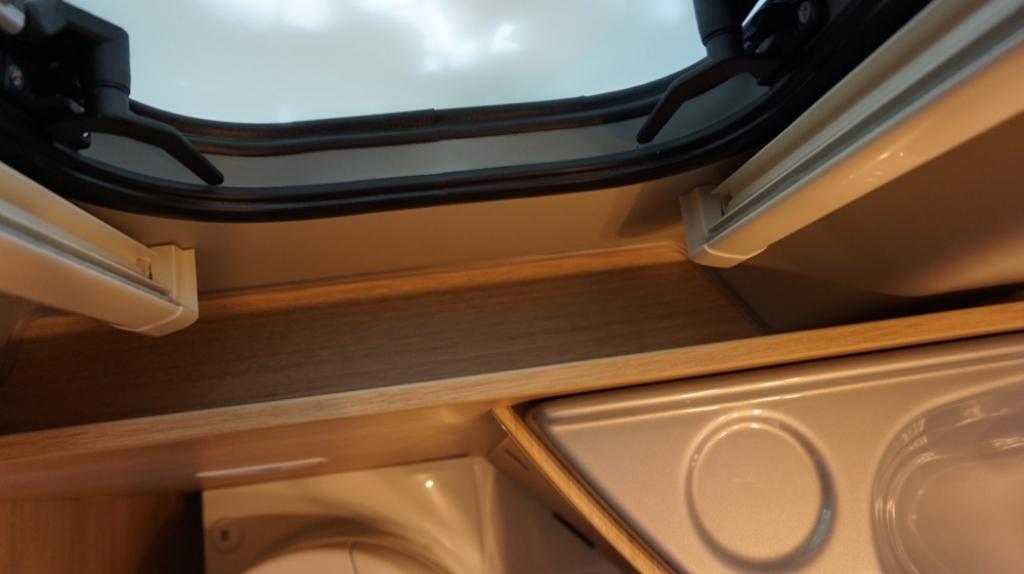 ROADCAR 601 Fiat 140cv 3,5t ( con Truma Diesel con cp plus, tavolo alternativo, finestra in bagno, dab )  - foto: 19