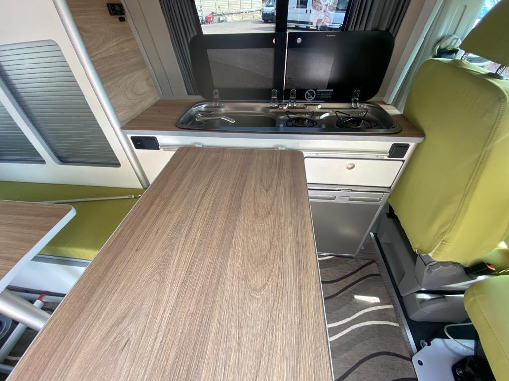 VOLKSWAGEN Transporter T5 C-Lover 102cv euro 5b ( 3 posti viaggio, con webasto ecc ) - foto: 3
