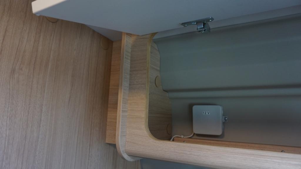 ROADCAR 601 Fiat 140cv 3,5t ( con Truma Diesel con cp plus, tavolo alternativo, finestra in bagno, dab )  - foto: 30