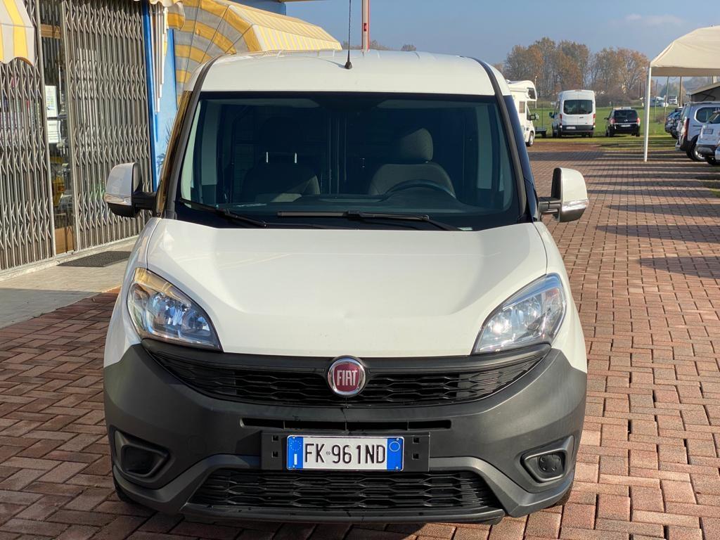 FIAT Doblo Doblò 1.6 MJT 105CV PC-TN Cargo Lamierato SX 3 Pos - foto: 2