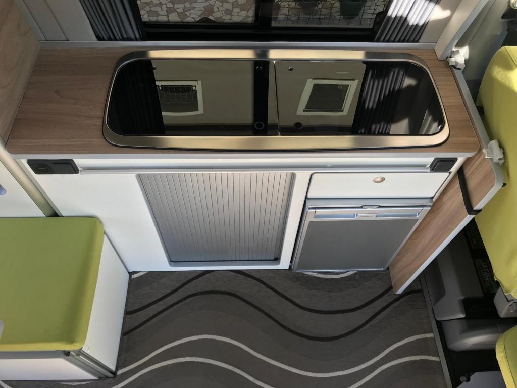 VOLKSWAGEN Transporter T5 C-Lover 102cv euro 5b ( 3 posti viaggio, con webasto ecc ) - foto: 2