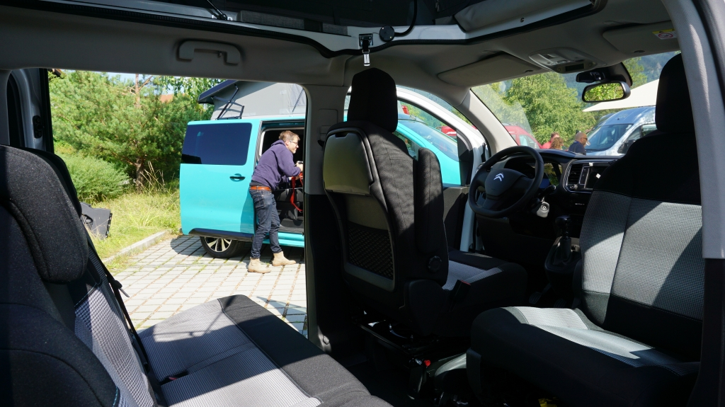 CAMPSTER VANSTER Citroen Spacetourer 2.0 150cv ( 8 posti viaggio con CampBox letto e cucina, omologato CAMPER  ) - foto: 17