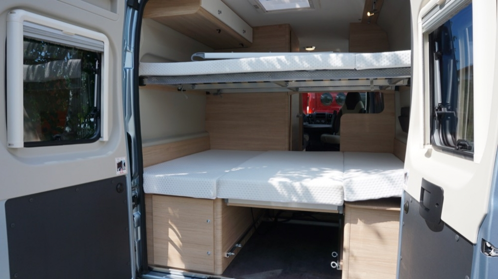 ROADCAR 601 Fiat 140cv 3,5t ( con Truma Diesel con cp plus, tavolo alternativo, finestra in bagno, dab )  - foto: 9