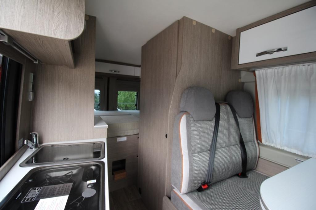 POSSL 2Win Plus Citroen 165cv ( Elegance + Tetto sollevabile + Truma d6 ) PROVALO A NOLEGGIO! - foto: 5